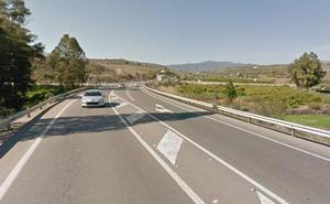 Cinco heridos al chocar tres vehículos en Cártama