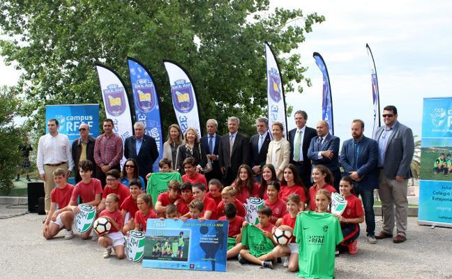 Estepona acogerá el primer campus oficial de la RFAF en la comunidad