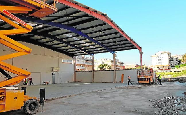 El Club de Amigos del Baloncesto de Estepona amplía con fondos propios el pabellón Ramos Cazorla para duplicar su capacidad
