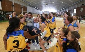 El Asisa Alhaurín de la Torre celebra el ascenso con una victoria