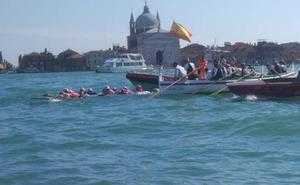 Málaga llega a Venecia en jábega