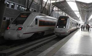 Retraso de una hora en un tren de media distancia Málaga-Sevilla por incidencia técnica