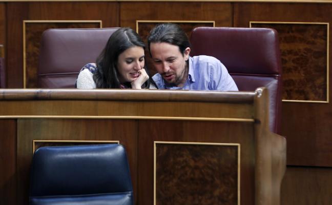 Iglesias y Montero avisan a los críticos internos que su liderazgo lo deciden las bases