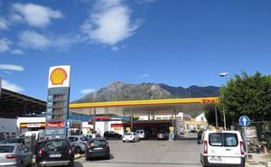 El Defensor del Pueblo investiga el incumplimiento de una sentencia que anula la licencia de cuatro gasolineras en Marbella