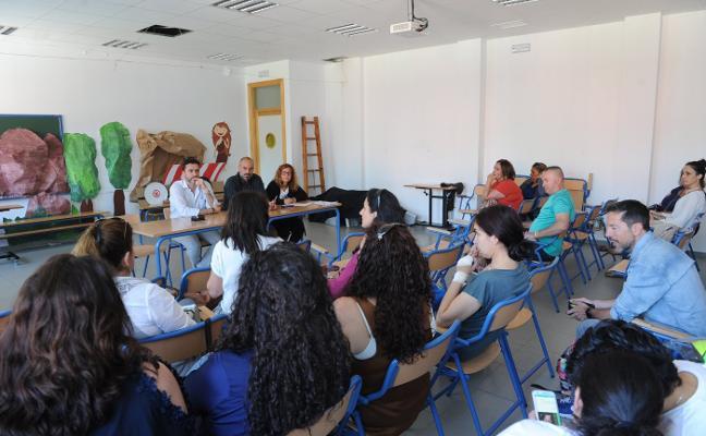 Los padres aprueban movilizaciones para exigir que el IES de Las Chapas esté operativo en el curso 2019/20