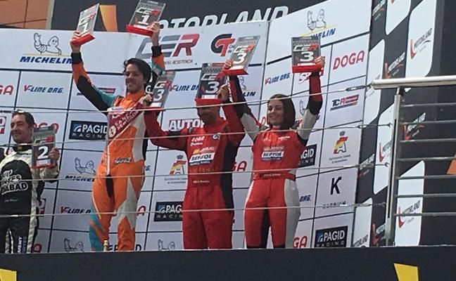 Alba Cano sube el podio en Motorland Aragón