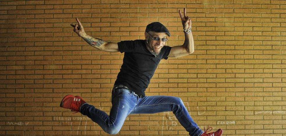 Fito: «El rock and roll nos da libertad para no madurar»