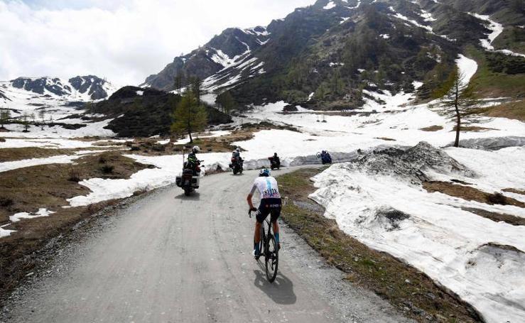 Exhibición histórica de Froome en el Giro