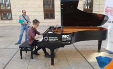 Los pianos están para tocarlos en Málaga