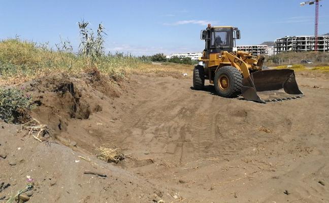 Denuncian una extracción de arena «ilegal» en las dunas de El Morche