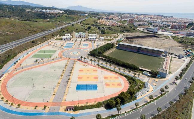 El Ayuntamiento cambiará el césped del Muñoz Pérez debido a su deterioro