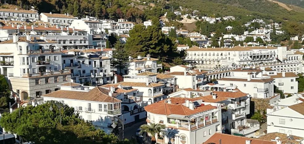 Mijas define su estrategia de turismo hasta 2022 tras un año de estudios de la UMA
