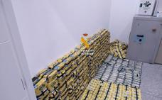 Intervienen 110 kilos de tabaco de contrabando en el equipaje de cinco pasajeros en el aeropuerto de Málaga