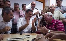 Los partidos de Málaga, entre la ilusión, la cautela y la indignación con Pedro Sánchez