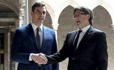 Los socialistas confían en que las fuerzas catalanas no sigan tensando la cuerda