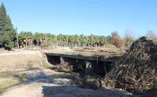 Alhaurín de la Torre y la Junta de Andalucía se enzarzan por ver quién debe reparar el puente de San Joaquín