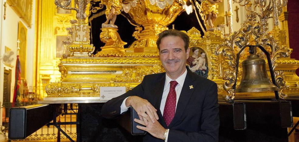 Pablo Atencia afronta hoy su reelección al frente de la Agrupación de Cofradías de Málaga