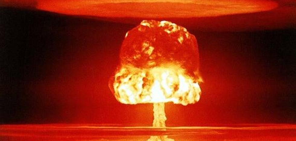 Así quedaría tu ciudad si cayera en ella una bomba nuclear como la de Hiroshima