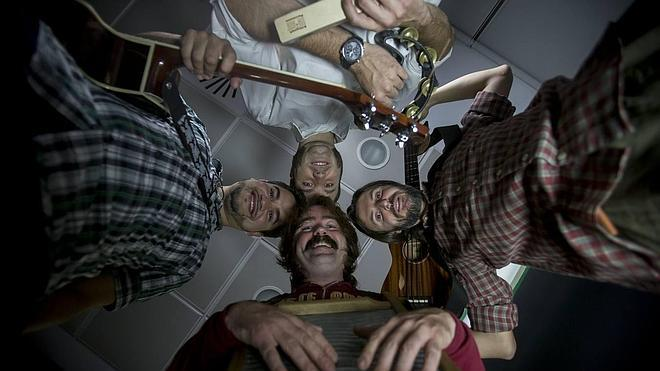 El folk inclasificable de Ukulele Clan Band