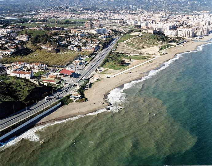 Resultado de imagen de Castillo Malaga playa
