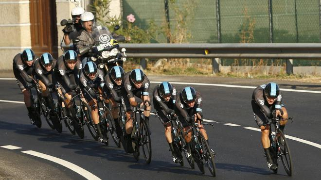 Kennaugh le quita peso a Froome