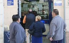 Los malagueños gastan más dinero que nunca en busca del Gordo de Navidad