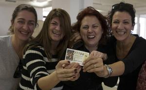 Consejos para compartir décimos de Lotería de Navidad y evitar problemas si toca un premio