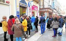 Los malagueños vuelven a batir el récord en la compra de lotería de Navidad con 80 millones
