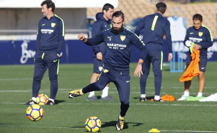 El entrenamiento del Málaga de este sábado