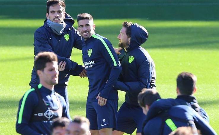 Fotos del entrenamiento del Málaga, ya con Samu en el grupo
