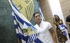 El Málaga presenta a Renato Santos
