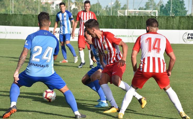 El Málaga empata ante el Almería en Marbella (1-1)