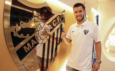 El Málaga echa el freno pendiente de posibles descartes en Primera