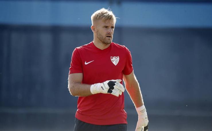 Primer entrenamiento de Kieszek tras firmar su contrato con el Málaga CF