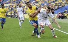 El Málaga sufre su primer revés de la temporada (1-0)