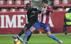 El Málaga se mide al Sporting en El Molinón