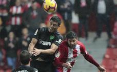El Málaga minimiza los daños