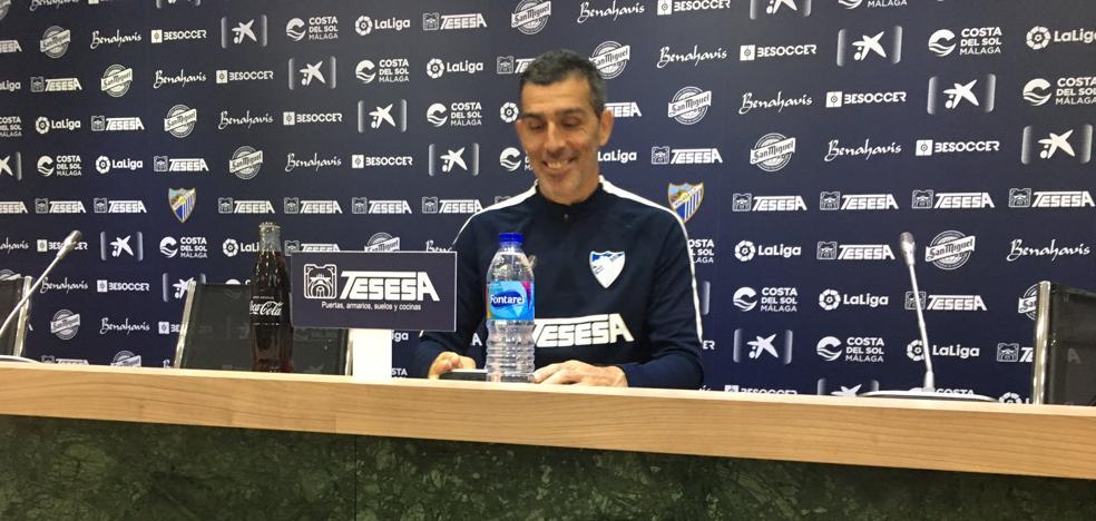 Muñiz: «De los que están no sobra nadie; el entrenador no va a hacer peticiones»