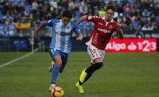 El Málaga gana al Nástic (2-0)