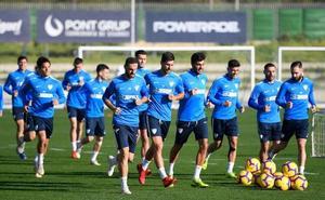 Torres y Adrián, novedades en la lista