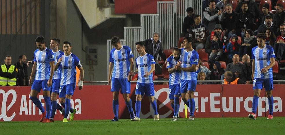 El Málaga reacciona a tiempo (1-2)