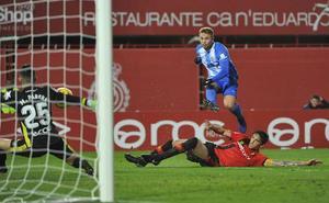 El Málaga vuelve a tener a tiro el liderato