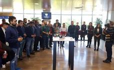 Minuto de silencio por Fernando González en el acto de Navidad del Málaga