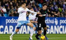 El Málaga gana en Zaragoza (0-2)