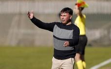 Sanlúcar: «El derbi va a ser igualadísimo; el Marbella es un equipo con experiencia»