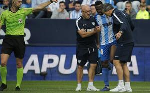 El Málaga no descarta que Koné pase por el quirófano después de su recaída
