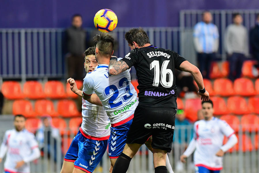 El Málaga recupera la sonrisa gracias a Adrián (0-1)