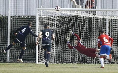 El Atlético Malagueño jugará a la desesperada en el campo del líder
