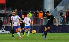 Adrián llega a tiempo para el partido contra Osasuna