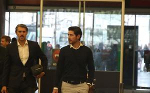Víctor Sánchez llega a Málaga para firmar y hacerse cargo hoy del equipo